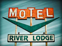 River Lodge Motel