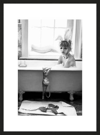 Bunny in Tub - Pamela Hanson | Trunk Archive