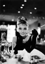 BLAKE EDWARDS - Holly Golightly II (Audrey Hepburn)