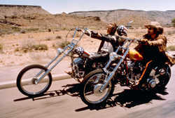 Wyatt (Peter Fonda) und Billy (Dennis Hopper)