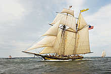 Pride of Baltimore II, Racing on the Chesapeake Bay